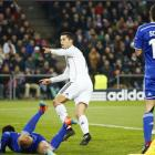 Champions League PHOTOS: Ronaldo strike sinks Basel; Arsenal make last 16