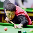 World Snooker: 14-year-old Chinese sends favourite Advani packing