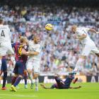 La Liga: Real fight back to take 'Clasico' spoils against Barca