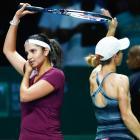Sania, Cara win thriller, enter WTA year-end finals