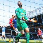 EPL PHOTOS: Everton blank jittery Man Utd; Chelsea hold Arsenal