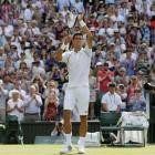 Djokovic, Sharapova restore order at Wimbledon