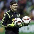Euro 2016: Spain veteran Casillas hints at retirement