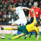 Euro 2016 qualifiers: England thrash Lithuania