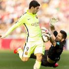 La Liga: Barca hot on Real's heels after Suarez shines