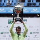 Federer ends three-year claycourt drought with Istanbul title