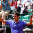 Federer dismisses Granollers to reach French Open third round