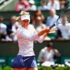 PHOTOS: Sharapova romps into third round at French Open