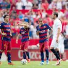 Sevilla hand champions Barca second straight away defeat