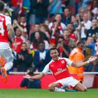 EPL PHOTOS: 2 goals in 7 minutes! Arsenal crush United