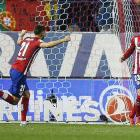 Ronaldo made to wait for record as Atletico's Vietto does rescue act