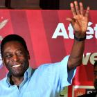 In my team I would love to have both Messi and Ronaldo: Pele