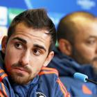 Valencia striker Alcacer undergoes Barca medical