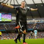 EPL PHOTOS: Leicester City take giant step towards title