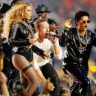 PHOTOS: Beyonce, Bruno Mars heat up Coldplay's Super Bowl halftime show
