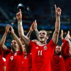Euro: Wales demolish Belgium to reach first ever semi-final