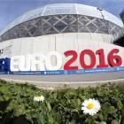 French officials fret over stadium security ahead of Euro 2016
