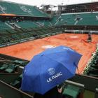 Rain washes out day's play at French Open, first time in 16 years