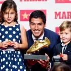 Suarez picks up European Golden Shoe