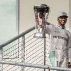 Hamilton takes 50th win at United States GP to stay in title race