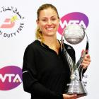 WTA Tour Finals: Superb Kerber overwhelms Halep