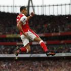 Arsenal blank Chelsea after first half blitz