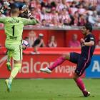 Barcelona cruise past Sporting Gijon without Messi
