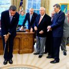 Obama, Woods remember Palmer as 'pioneer' in golf