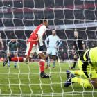EPL PHOTOS: Ten-man Arsenal win thriller; Chelsea stretch lead