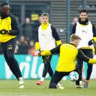 PHOTOS: Sprint king Bolt on target in Borussia Dortmund training