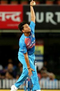 How spin king Warne is shaping up Kuldeep's bowling
