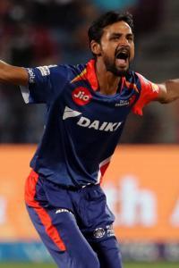 Jharkhand's Nadeem breaks List A bowling world record!