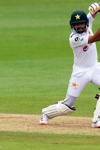 PHOTOS: England vs Pakistan, 2nd Test, Day 2