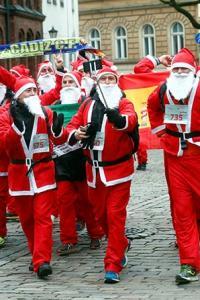 Xmas special: Have you seen Santa running?