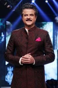 Anil Kapoor's jhakaas moment on the ramp