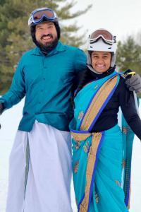 Desi couple goes skiing in sari, lungi