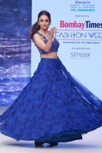 Rakul Preet Looks Stunning in Blue