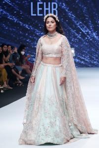 Hina Transforms Into A Fairytale Bride