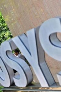 Infosys tanks over 6% on Vishal Sikka's resignation