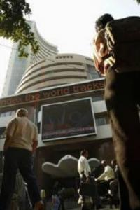 Markets end flat as RBI minutes weigh; post 4th weekly rise