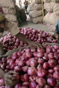 Truckers' strike: Commodity supply disrupted, onion zooms