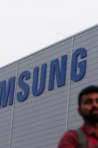 Smartphone biz in India: It's advantage Samsung for now