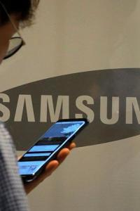 Coronavirus pain for Chinese mobile handset makers may be Samsung's gain