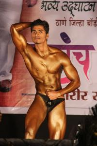 Abs that Bollywood will envy!