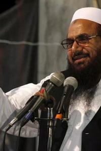 <p>LIVE! Hafiz Saeed, 4 others challenge their house arrest; hearing today</p><br><p>Shobhaa De mocks cop, Mumbai police gives it back to her</p><br><p>India just found a way to fuel ties with Myanmar</p>