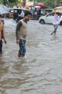 Rains lash Mumbai; heavy rainfall predicted in next 24 hours