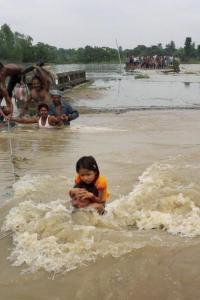 <p>LIVE! Army column, ETF deployed in flood-affected areas of Bihar</p><br><p>Aides demand CM's post for Panneerselvam</p><br><p>Parallel JD-U meetings today, action against Sharad Yadav likely</p>
