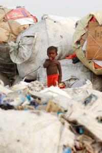 Kejriwal govt to identify single-use plastic littering hotspots; shut mfg units by Jun 2022