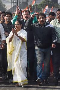 Mamata as 'Modishahsurmardini' is Pujo fare for TMC fans