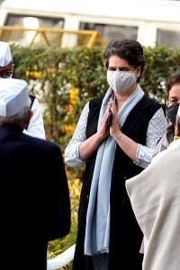 Priyanka emerges as crisis manager as Rahul travels abroad
